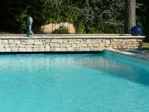 piscine pont royal en provence