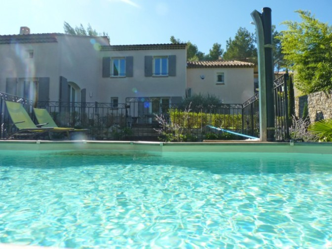 Lovely luxury house to let at Pont royal country club